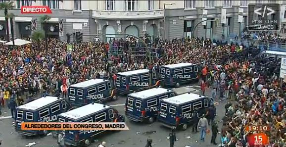 Madrid assedio al parlamento la diretta contropiano for Oggi parlamento diretta