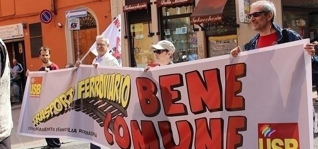 Ferrovieri oggi protesta per le pensioni a montecitorio for Montecitorio oggi