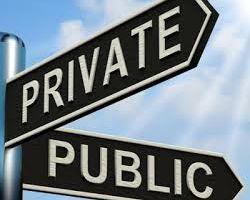 PRIVATIZZAZIONE E PUBBLICO