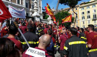 16172715protesta-roma-vvff