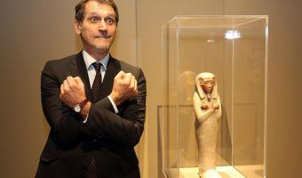 Il sindaco di Bologna Virginio Merola visita la mostra ''Egitto splendore millenario'' al museo civico archeologico Bologna,15 ottobre 2015.ANSA/GIORGIO BENVENUTI