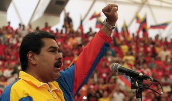 epa03645816 Handout photo released by Miraflores Press on, 30 March 2013, showing Venezuelan acting president Nicolás Maduro waves during an event in the Venezuelan city of Barinas. Venezuelans will elect their president next 14 April.  EPA/MIRAFLORES PRESS / HANDOUT HO EDITORIAL USE ONLY/NO SALES