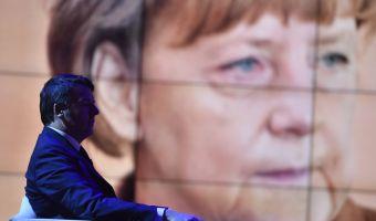 21/01/2016 Roma. Rai. Trasmissione televisiva Porta a Porta. Nella foto il Presidente del Consiglio Matteo Renzi, sullo sfondo la foto della Merkel