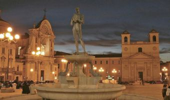 laquila_città_006_piazza_duomo_prima_del_terremoto