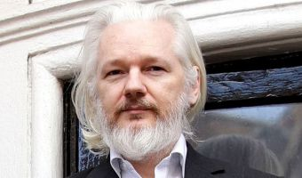 assange-head-beard_3425420b