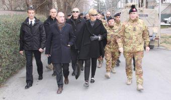 il-ministro-della-difesa-roberta-pinotti-a-kabul-3