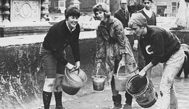 Firenze 1966 noi non siamo angeli del fango contropiano for Disegni della stanza del fango
