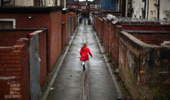Child-poverty-007