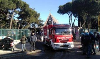 Sgombero Colle Monfortanti (foto twitter Dinamo Press)-2