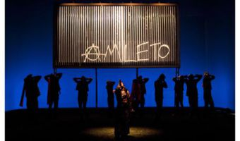 """Una scena di """"Mal'essere"""" di Davide Iodice trattodall' """"Amleto"""" di W. Shakespeare"""