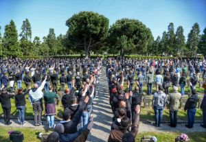 fascisti al cimitero milano
