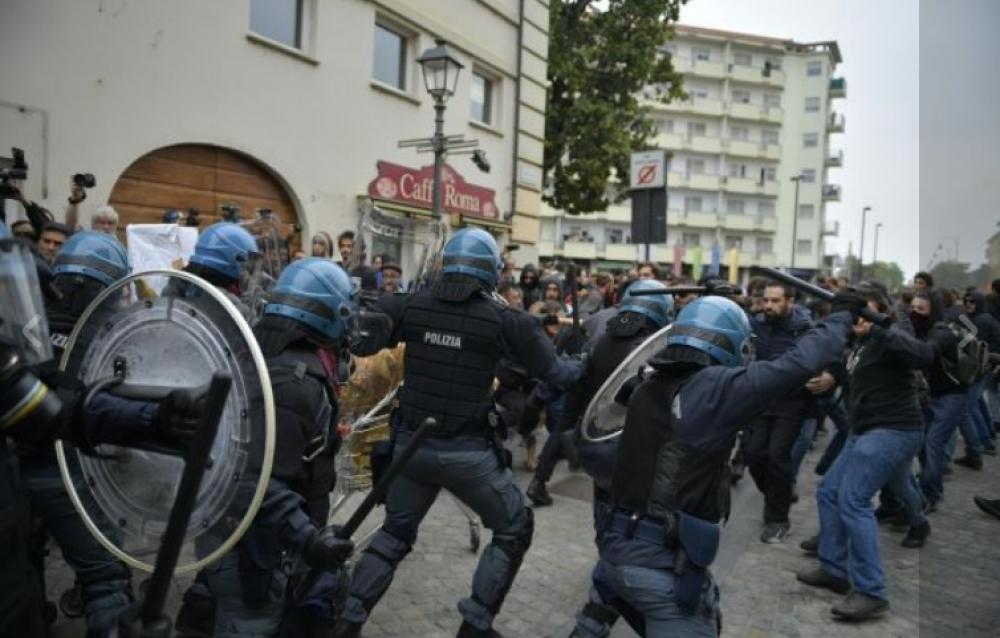 Proletari comunisti pc 1 ottobre torino ridateci for Subito offerte di lavoro torino
